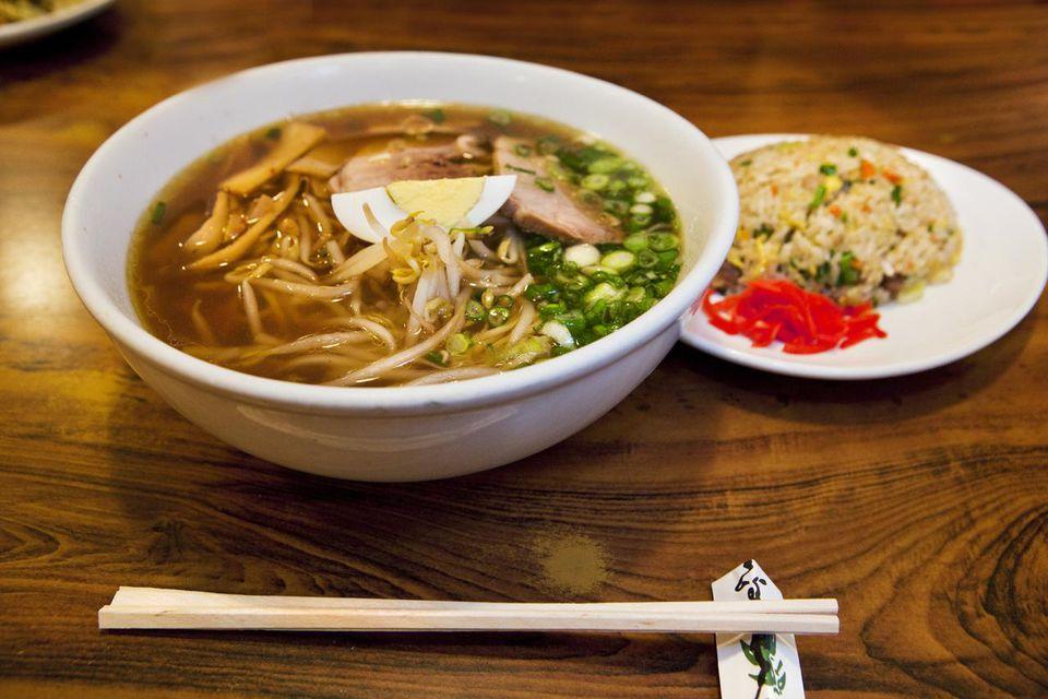 Pork ramen noodles