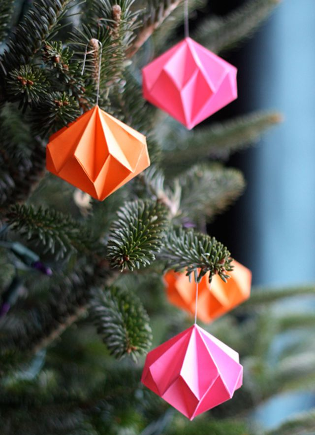 origami-diamond-ornaments.jpg