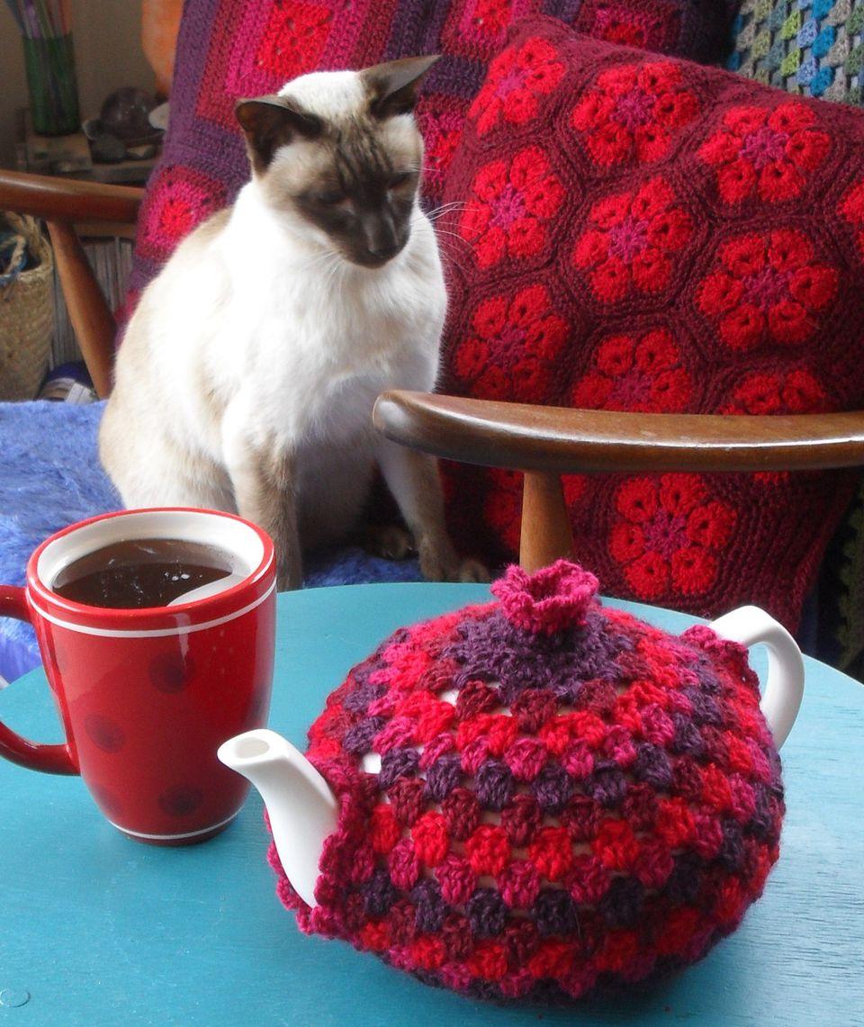Вязание крючком накидок на чайник