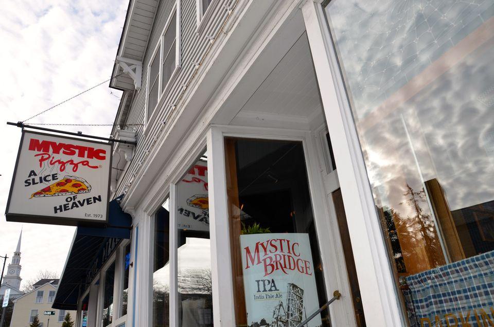 Mystic Pizza Connecticut