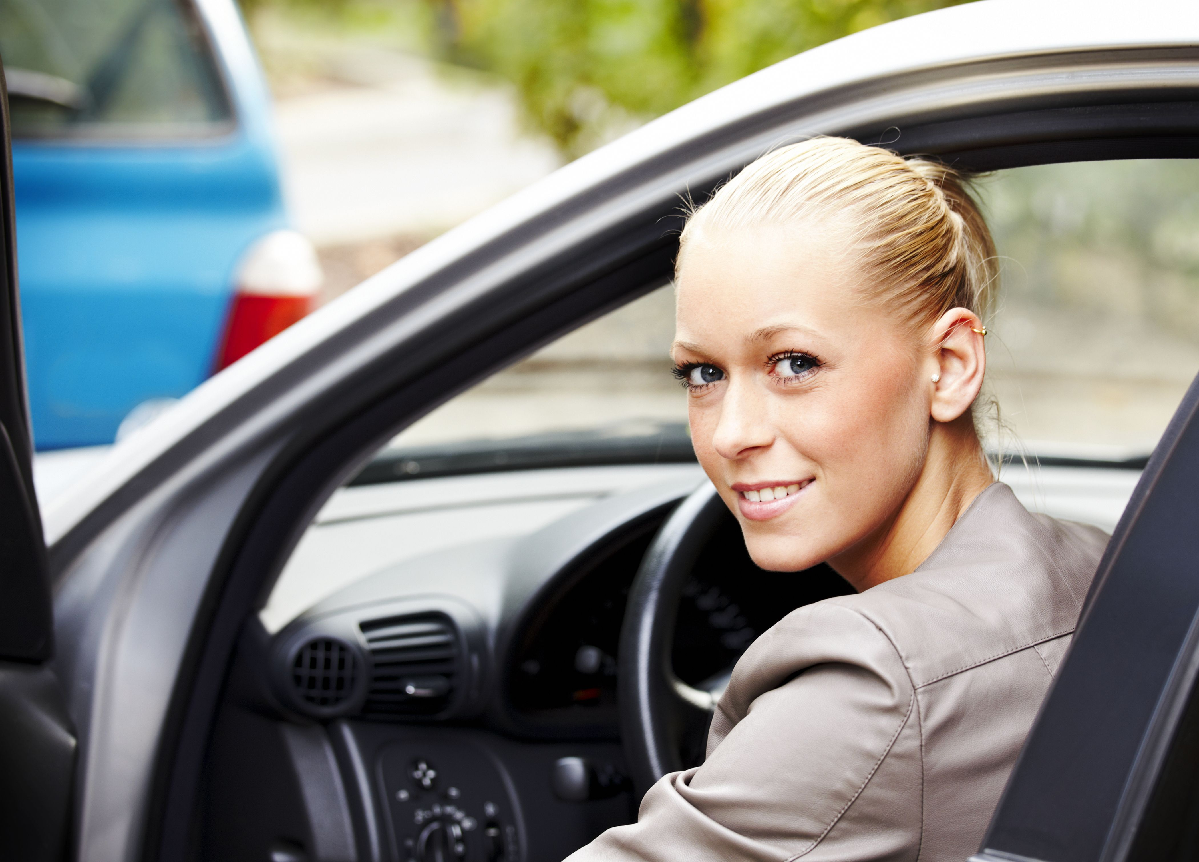 How to get a washington dc driver 39 s license for Washington dc department of motor vehicles