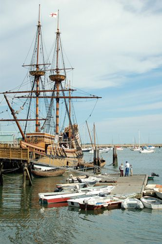 Mayflower II Photo - Picture of the Famous Pilgrim Ship in Plymouth Massachusetts