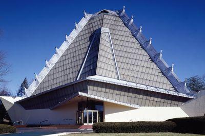 Did Frank Lloyd Wright Design a Synagogue?