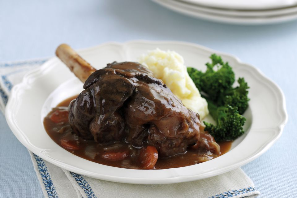 lamb shank with red wine sauce