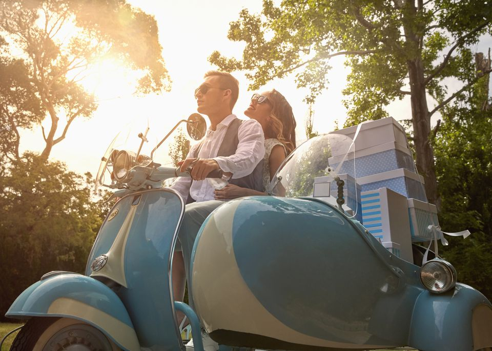 Newlyweds and wedding gifts