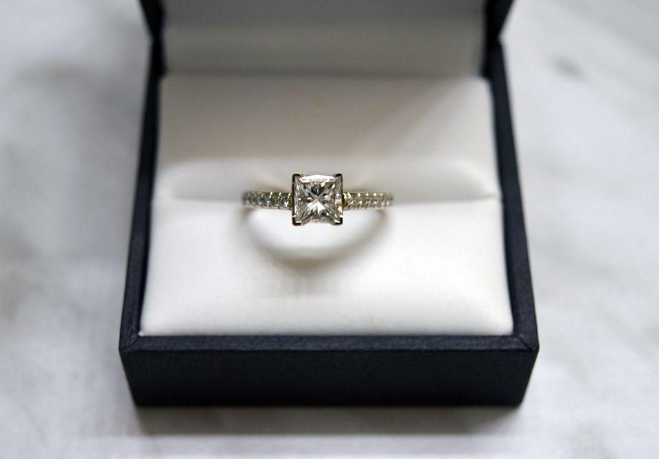 Shine bright like a diamond diy jewelry cleaner solutioingenieria Choice Image
