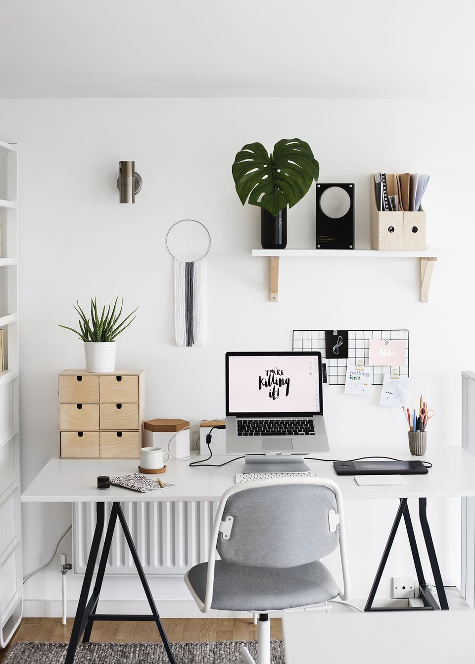 decor to the plants maximize drawer productivity desk your office tips lovely