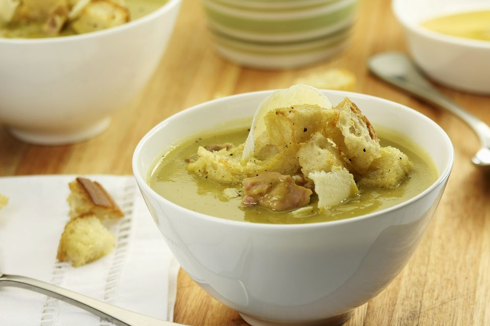 Pea soup with ham, Parmesan and croutons