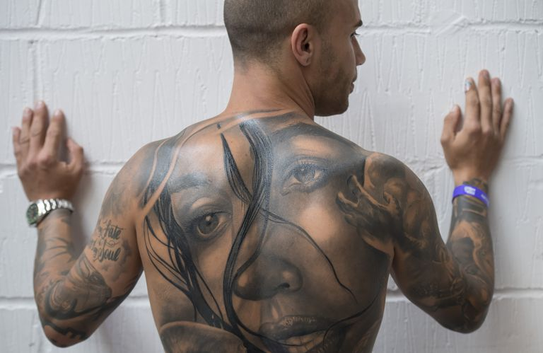 Tattoo pain from outlining and shading for Places where tattoos hurt the most