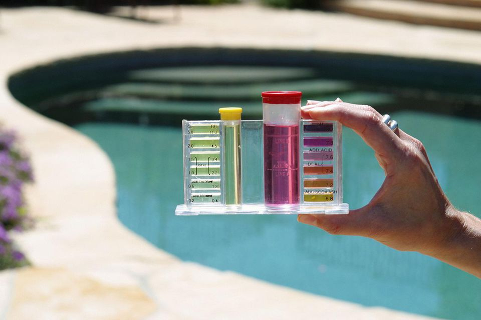 Diy swimming pool and spa cleaning and maintenance - Hth swimming pool test kit instructions ...