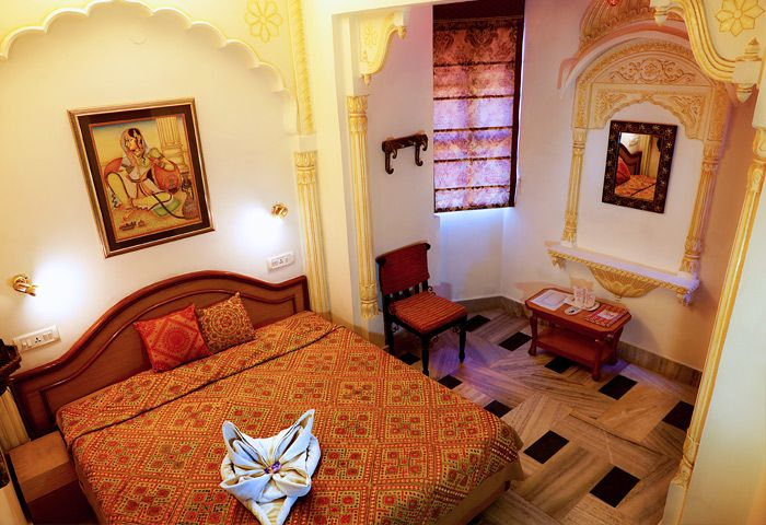 12 Top Hostels Guest Houses And Cheap Hotels In Jaipur