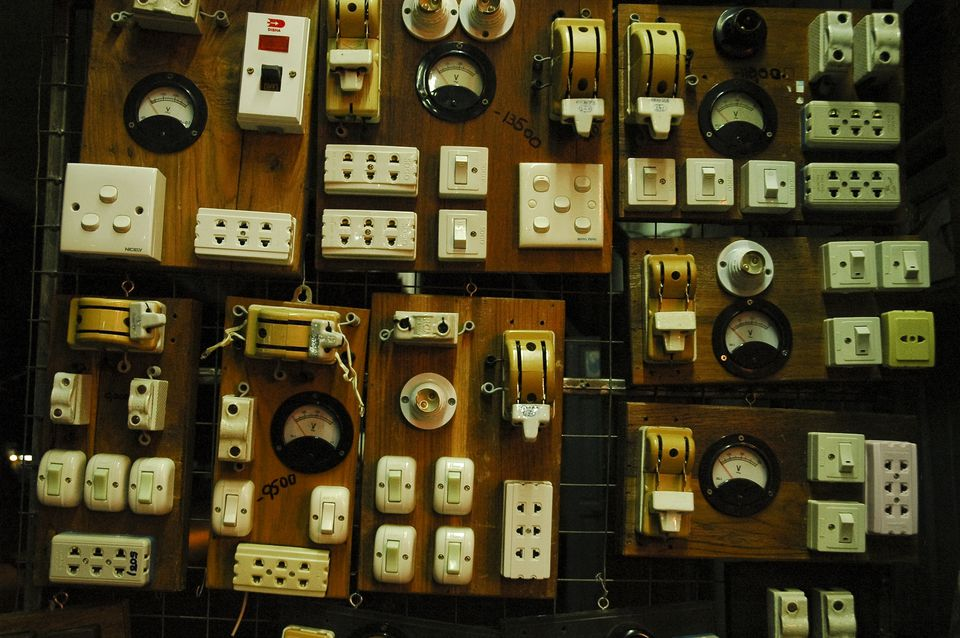 Voltage in Asia: Outlets and Switches