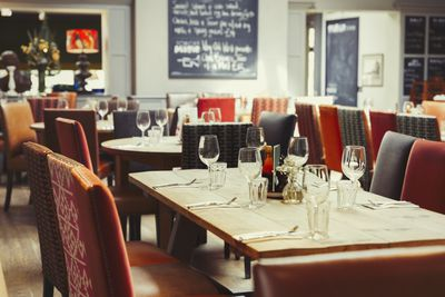 How To Design A Restaurant For Comfort And Efficiency
