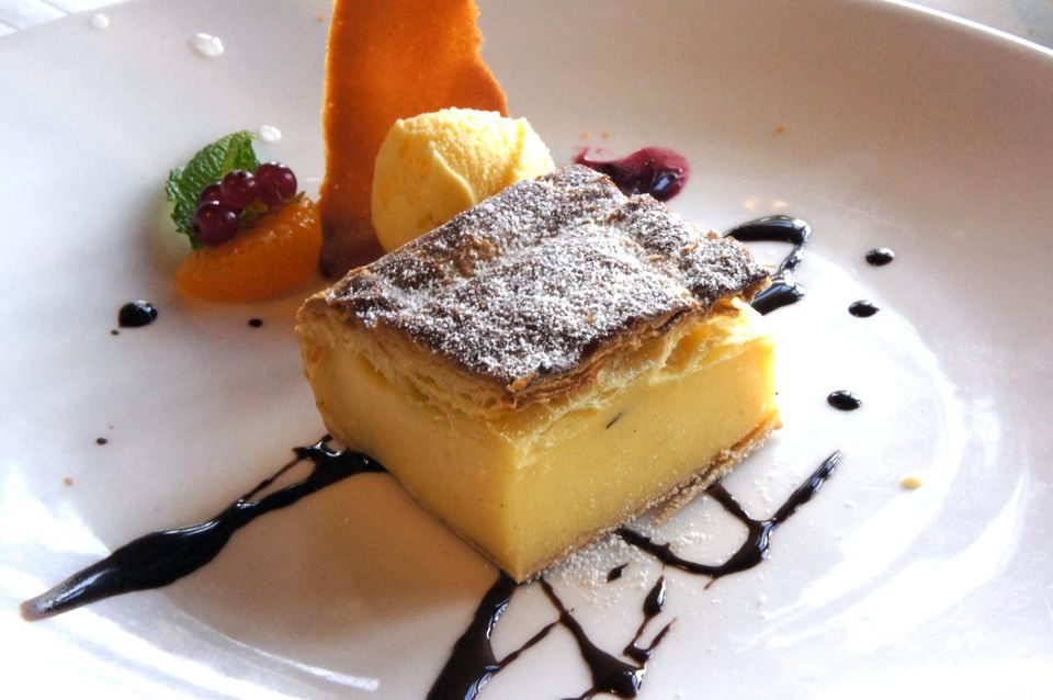 Pantxineta contains egg custard