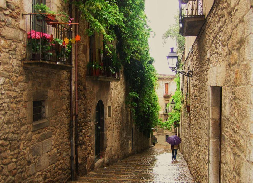 An alleyway in Girona.