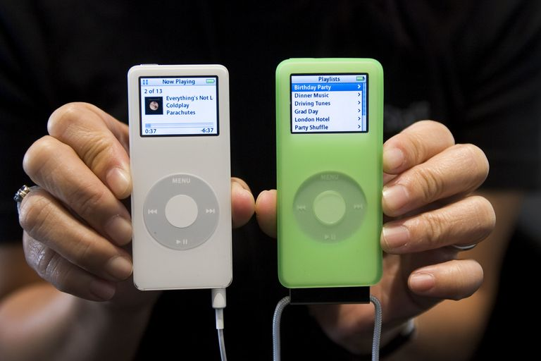 How Do You Download Songs Onto an iPod Nano?