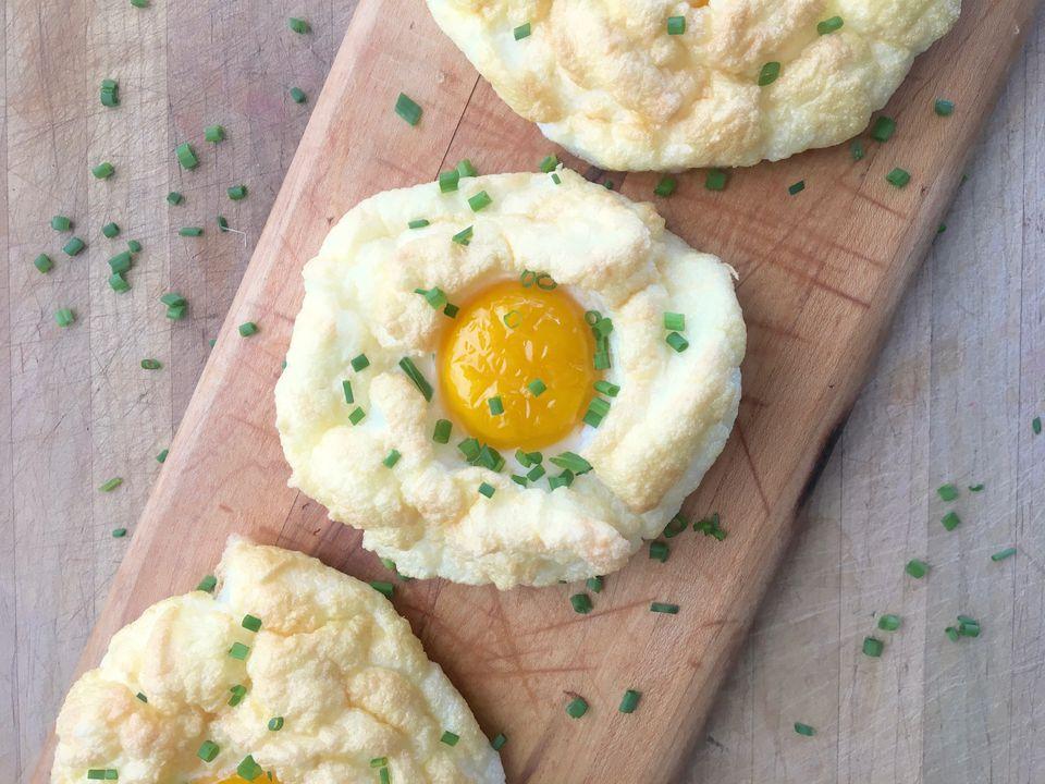 Egg Yolks in Egg Whites