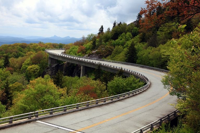 Blue Ridge Parkway, Linn Cove Viaduct - Milepost 304
