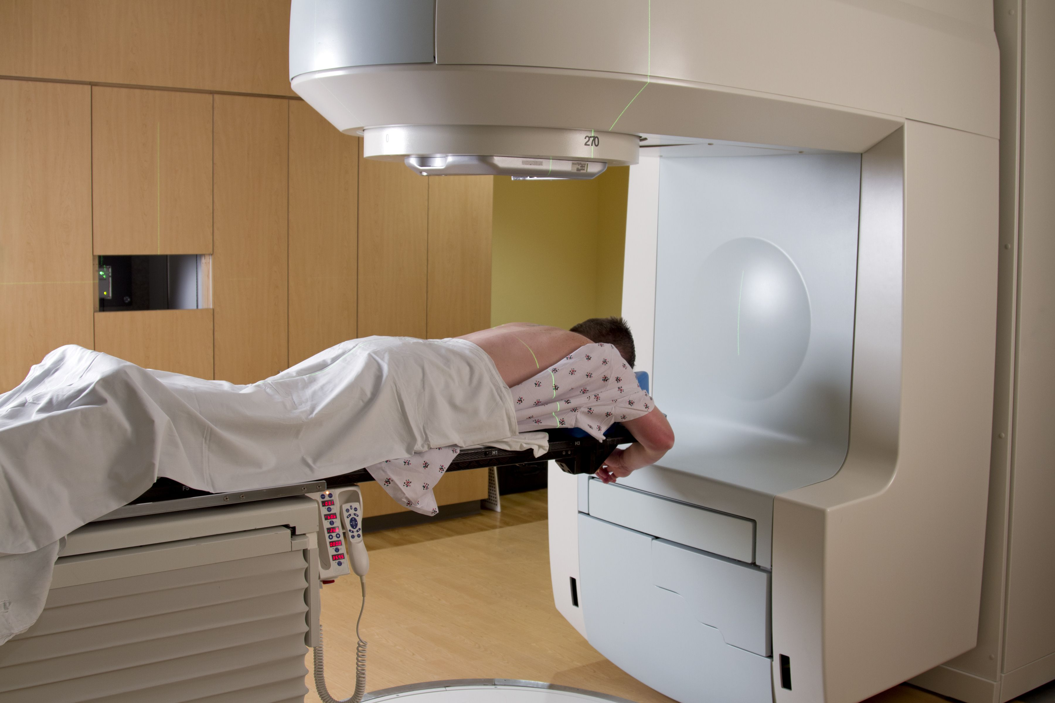 radiation therpy Radiation therapy treats many types of cancer effectively but like other treatments, it often causes side effects these are different for each person they depend on the type of cancer, its location, the radiation therapy dose, and your general health.
