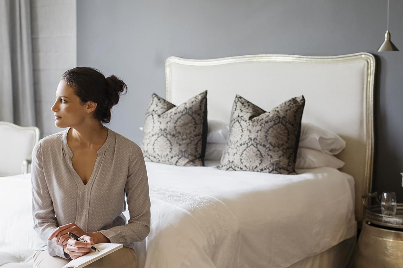 Feng Shui Tips For Poison Arrows In The Bedroom