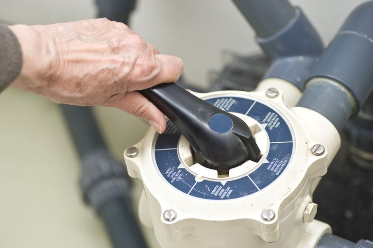 Changing a swimming pool water pump motor for Swimming pool filter pump motors
