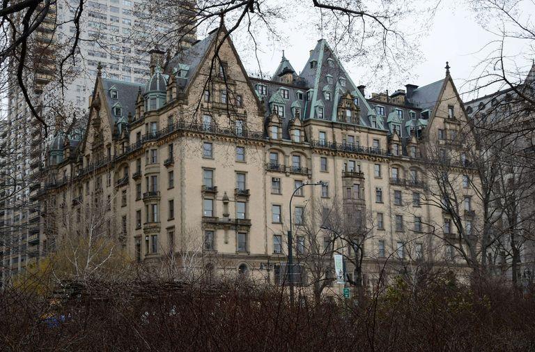 Dakota Apartments in NYC, brown-grey sandstone bricks and stone, gables, 19th century European look