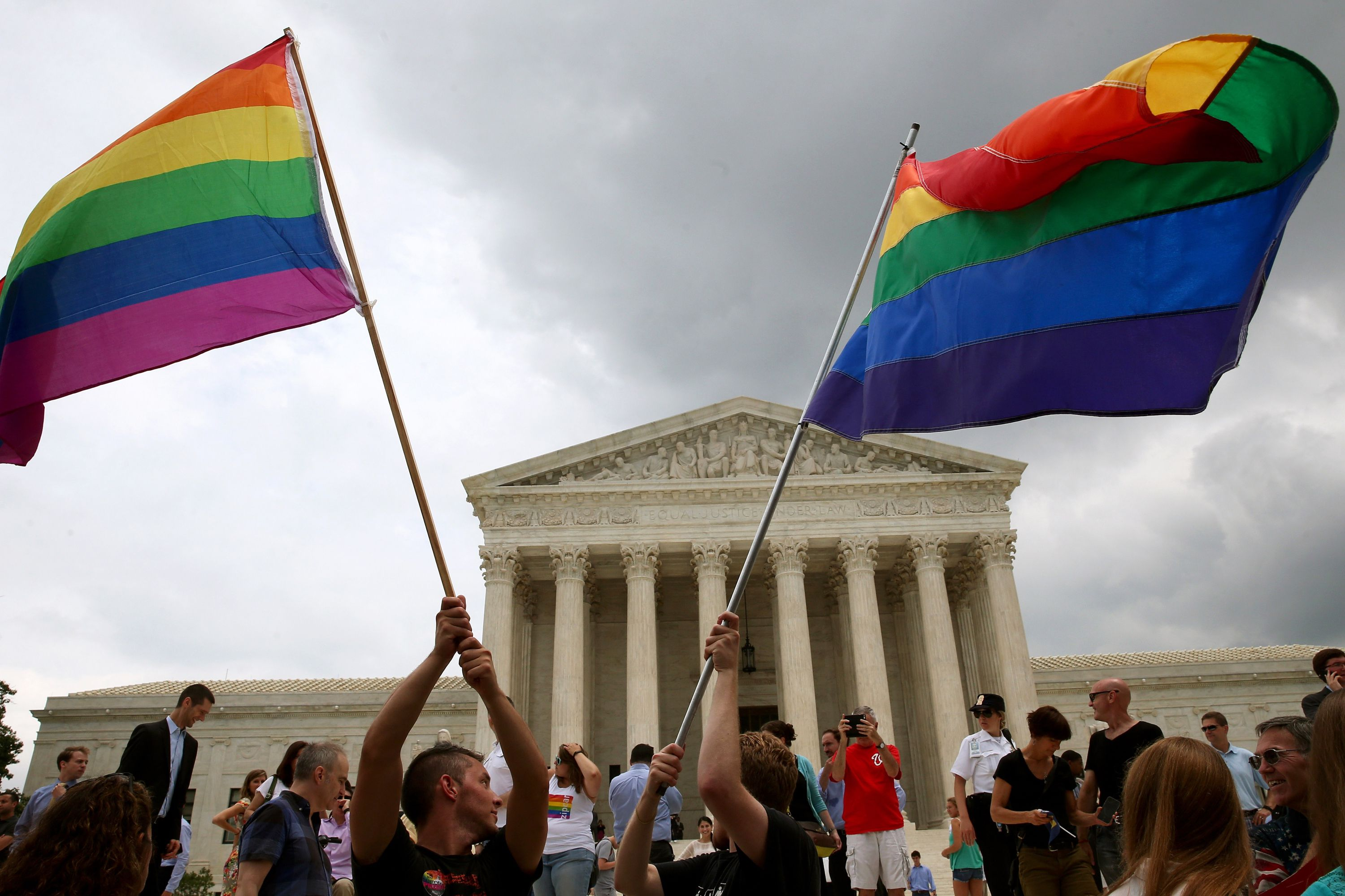 gay marriage and its legalization In a landmark opinion, a divided supreme court on friday ruled that same-sex couples can marry nationwide, establishing a new civil right and handing gay rights advocates a historic victory.