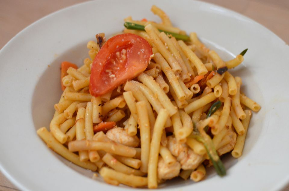 Pad Macaroni with Chicken