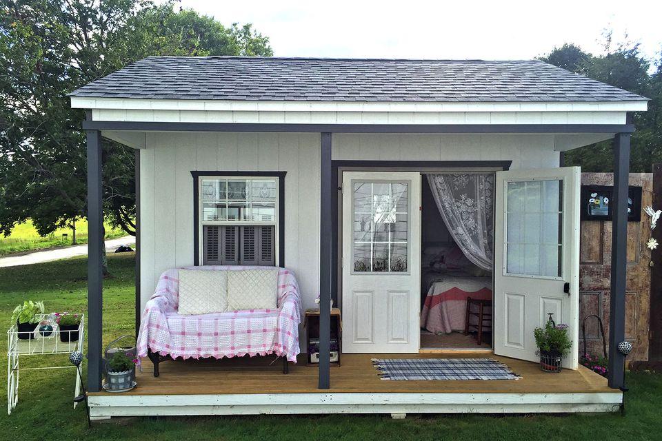 backyard she shed bedroom