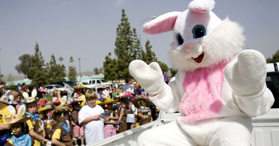 Photos with the Easter Bunny in Phoenix