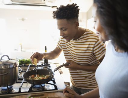 5 Simple Habits To Avoid Food Poisoning From Raw Chicken