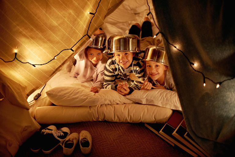 10 actividades para hacer en casa con ni os for Adornos navidenos que pueden hacer los ninos