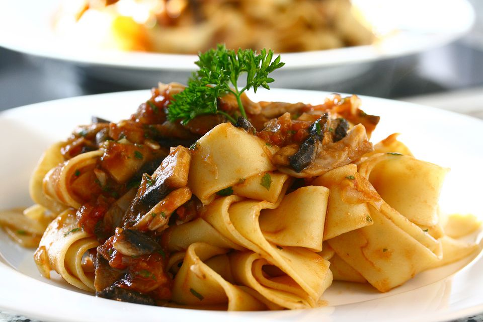 Pappardelle with wild mushroom and tomato sauce (boscaiola)