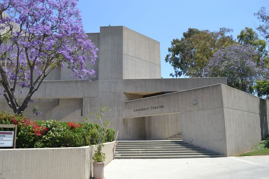 california state university long beach application essay