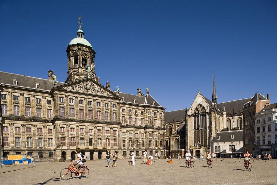 Royal Palace, Nieuwe Kerk, Dam Square, View over Dam Square to Koninklijk Paleis Royal Palace, and Nieuwe Kerk, Amsterdam, Holland, Netherlands