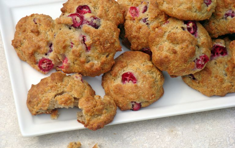 low-carb cranberry walnut cookies