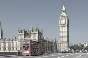 London, Big Ben and traffic on Westminster Bridge