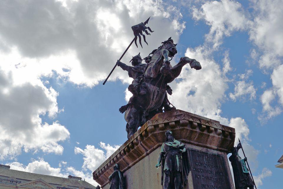 Statue of William the Conqueror
