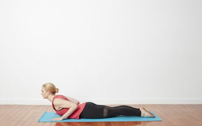 how to do awkward chair pose utkatasana