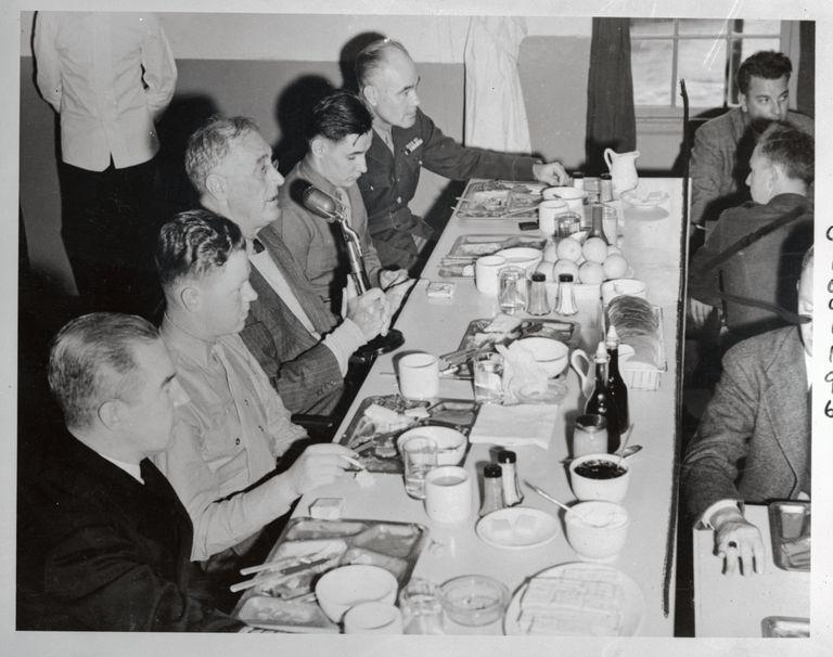 Roosevelt addressing military