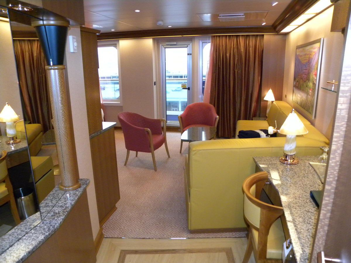 Carnival Cruises for Dream Vacations Carnival dream suite photos