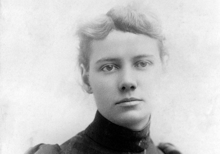 Photographic portrait of Elizabeth Cochran, who used the newspaper byline Nellie Bly