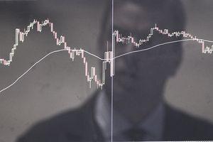 man watching stocks decline