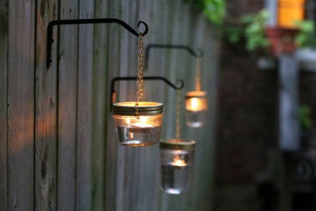 DIY outdoor decor - hanging mason jar lights