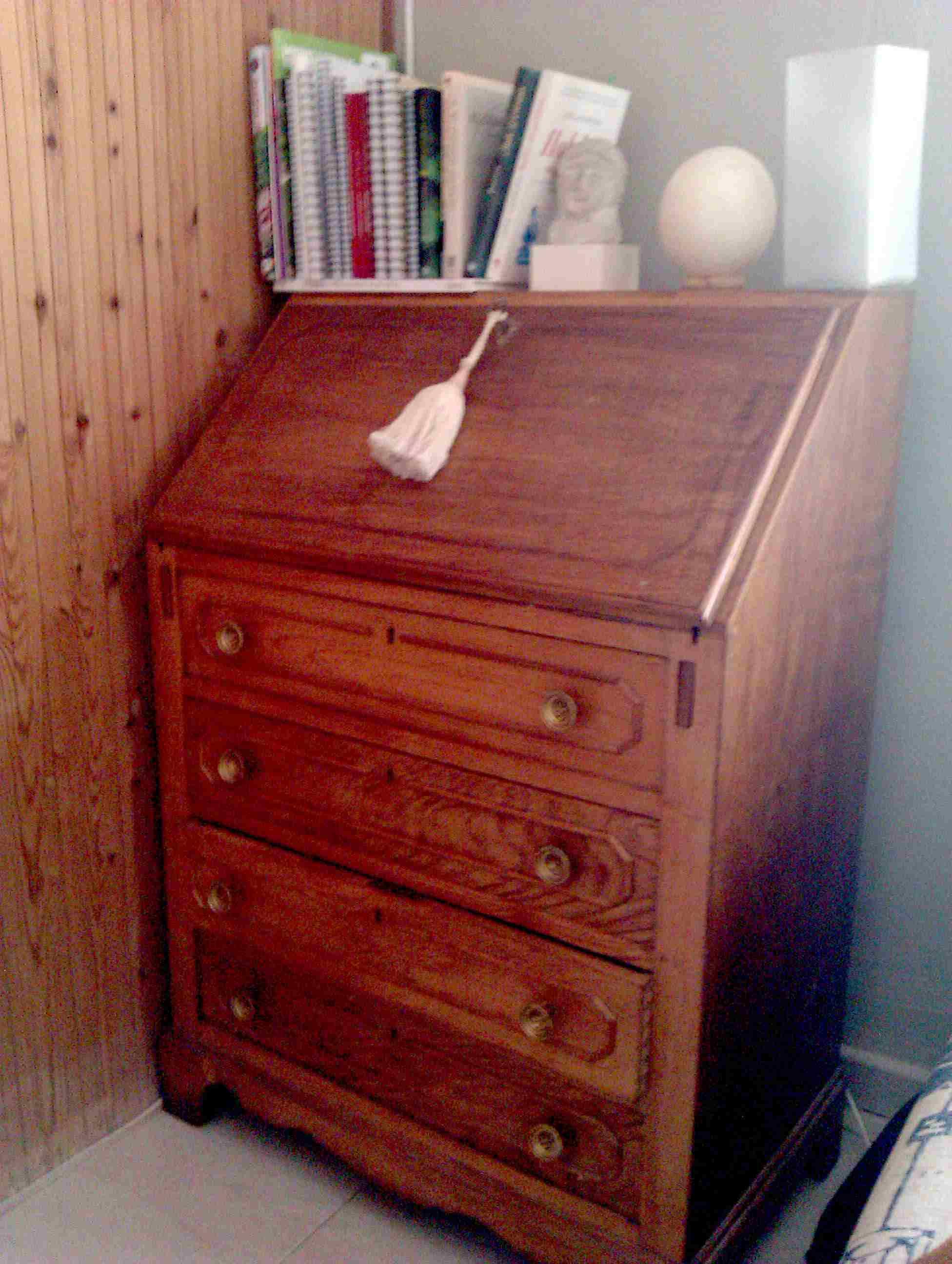 Muebles con acabado a la cera