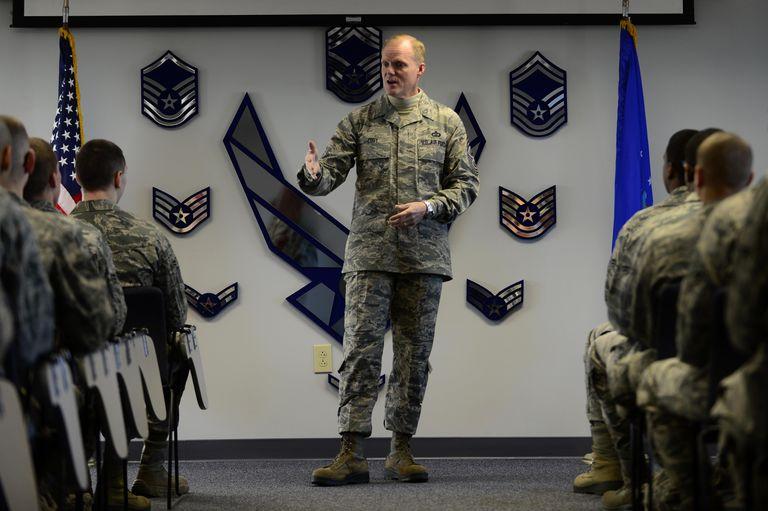 CMSAF speaks to Airmen