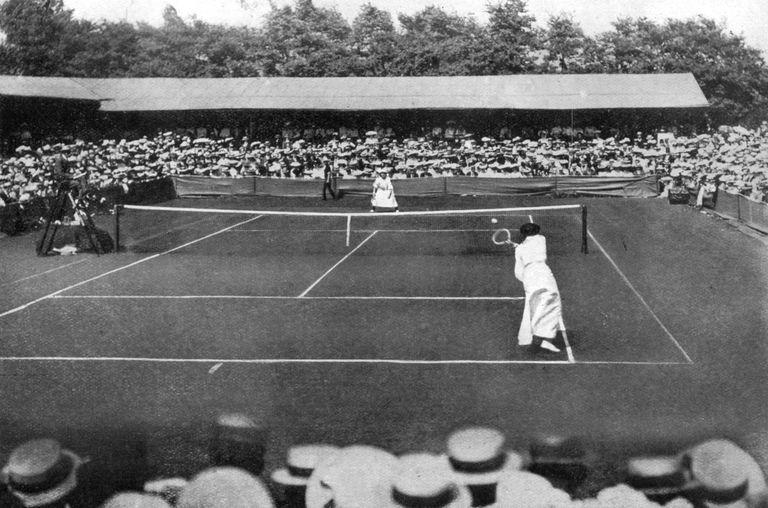 A women's final at the old Wimbledon, 1905.