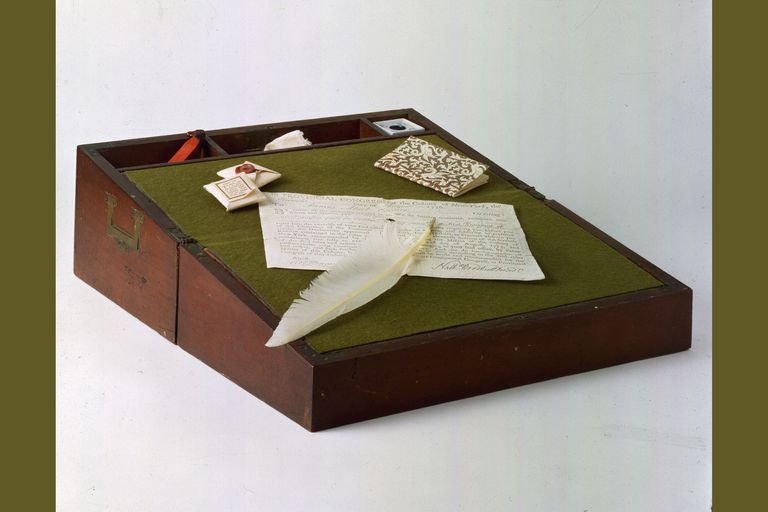 Lap desk as was in use at the time of the American war for independence