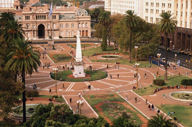 Argentina, Buenos Aires, Plaza de Mayo, Casa Rosada and Obelisk