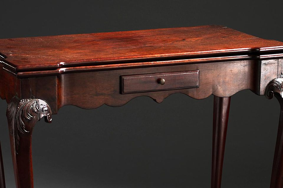 Card Table. Frothingham (attributed to), Benjamin (United States, 1734-1809). United States, Massachusetts, circa 1770 Furnishings; Furniture Mahogany and pine, scalloped apron and ball and claw feet 28 3/4 x 33 1/2 x 16 1/4 in. (73.03 x 85.09 x 41.28 cm)